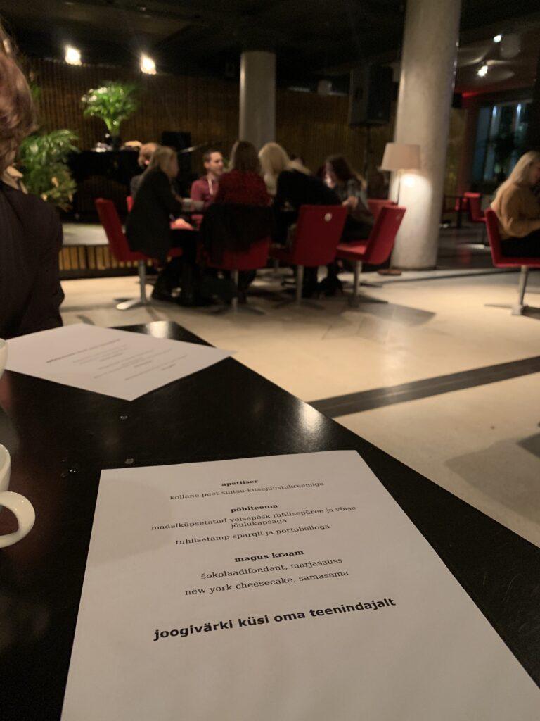 Sita teeninduse õhtusöögi menüü
